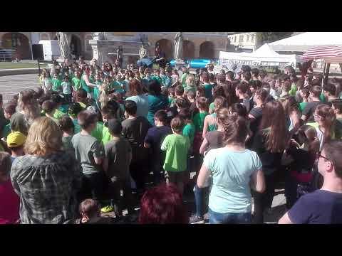 Énekelj a földért Esztergom