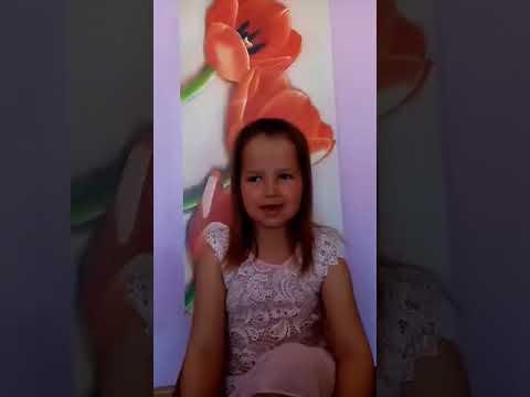 Csenge énekli Bagdi Bella Gyújts egy gyertyát a földért dalát.